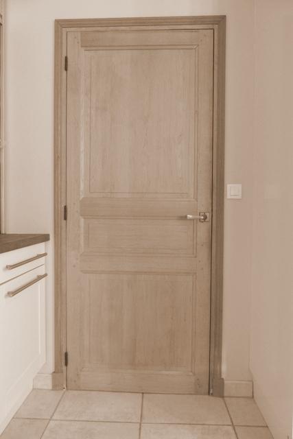 porte d 39 int rieur vente et pose sur rambouillet et chevreuse. Black Bedroom Furniture Sets. Home Design Ideas